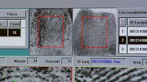 Korupcja i fałszowanie dokumentów w tajnej policji