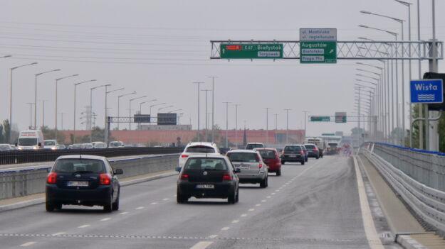 Kierowcy już jeżdżą nową nitką mostu Grota-Roweckiego