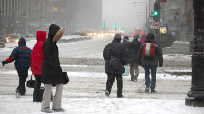 Chicago Przez śnieżyce Odwołano 235 Lotów